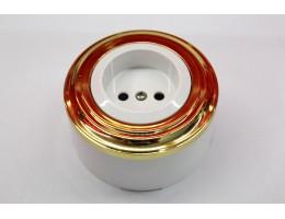 Пластиковая розетка без з/к, со шторками (белый механизм, золотая рамка, белый стакан)