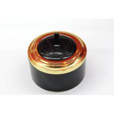 Пластиковый выключатель однорычажковый с индикатором (черный механизм, золотая рамка, черный стакан)