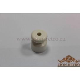 Пластиковый изолятор белый