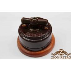"""Выключатель одноклавишный (проходной) с керамической ручкой бантик в стиле ретро, """"Шоколад"""", подрозетник вишня"""