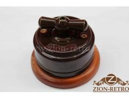 Выключатель двухклавишный с керамической ручкой бантик, «Шоколад», подрозетник вишня