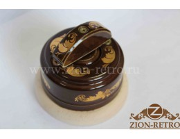 Выключатель одноклавишный (проходной) с керамической ручкой полумесяц, «Магия золота», подрозетник береза