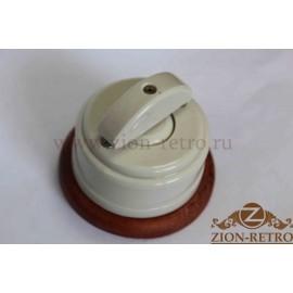 Выключатель двухклавишный с керамической ручкой полумесяц, «Слоновая кость», подрозетник вишня